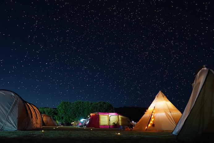 高原のキャンプ場なら満天の星空を満喫できます