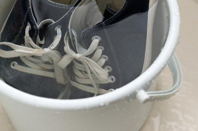 運動靴を洗濯機で洗うときに気をつけるべき注意点