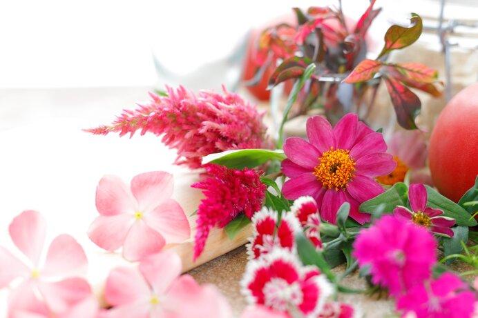行事の多い9月です。秋の風情も伝えるお好みの花は?