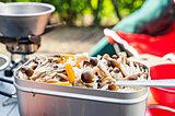 食欲の秋到来♪旬の味覚「きのこ」をたっぷり使った簡単キャンプレシピ3選