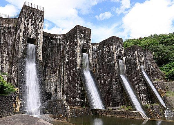 日本最古のダムの起源は、なんと7世紀! 風格と個性たっぷりの現役ダムたち