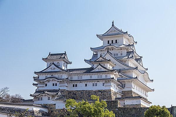 姫路城、あの白さには訳がある~優美な匠の技を今こそ見に行こう
