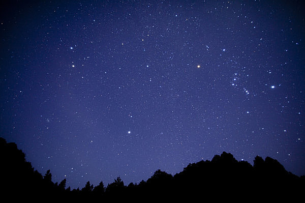 Holy Nightをロマンチックに! 大切な人ときらめく星座を見つける夜