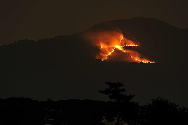 起源や理由がいまだ不明⁉ 「京都五山送り火」に隠された二つの秘密