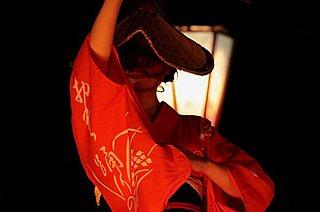 美しくも哀調を帯びた幻想的な世界。9/1から富山市越中八尾にて、「おわら風の盆」本祭始まる