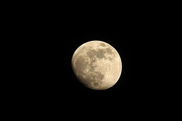かげある神秘の月をアップすると……