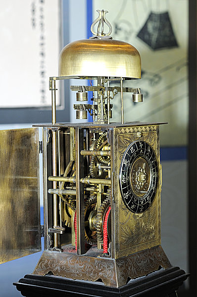 """不定時法を採用した「和時計」もまた""""からくり""""の技術(15日ごとに手動で要調整)"""